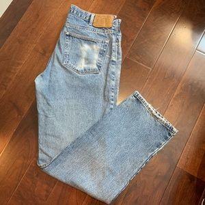 EDDIE BAUER Vintage Classic Fit Light Wash Jeans